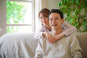 日本人夫婦の写真素材 [FYI04617344]