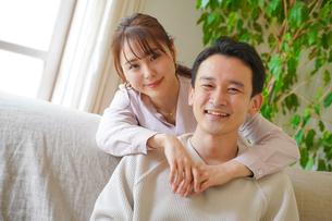 日本人夫婦の写真素材 [FYI04617356]
