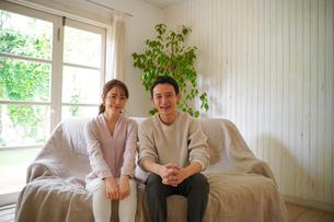 日本人夫婦の写真素材 [FYI04617383]