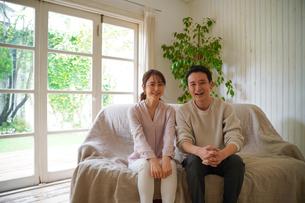 日本人夫婦の写真素材 [FYI04617387]