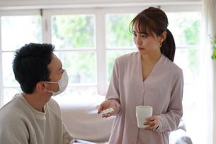 日本人夫婦の写真素材 [FYI04617527]