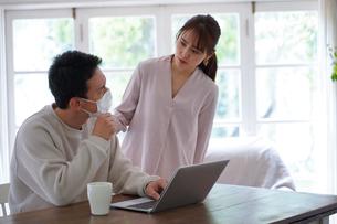 日本人夫婦の写真素材 [FYI04617531]