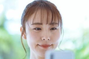 日本人女性の写真素材 [FYI04617818]