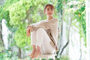 日本人女性の写真素材 [FYI04617844]