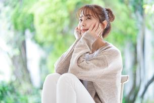 日本人女性の写真素材 [FYI04617847]