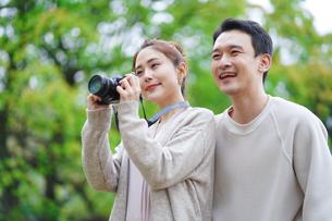 日本人夫婦の写真素材 [FYI04617946]