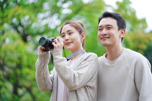 日本人夫婦の写真素材 [FYI04617950]
