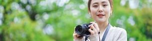 日本人女性の写真素材 [FYI04617956]