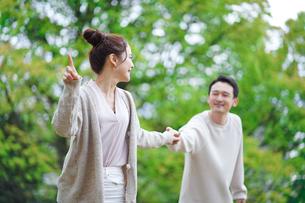 日本人夫婦の写真素材 [FYI04617977]