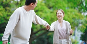 日本人夫婦の写真素材 [FYI04617987]