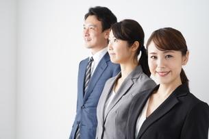 ビジネスマンとビジネスウーマンの写真素材 [FYI04618266]