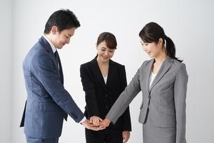 ビジネスマンとビジネスウーマンの写真素材 [FYI04618272]