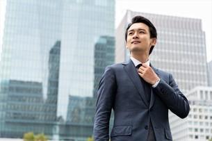 日本人ビジネスマンの写真素材 [FYI04618275]