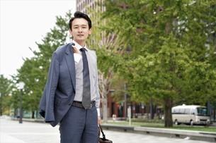 日本人ビジネスマンの写真素材 [FYI04618334]