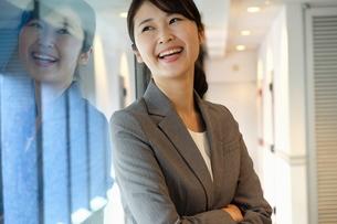 日本人ビジネスウーマンの写真素材 [FYI04618461]