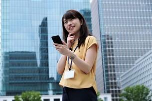 日本人ビジネスウーマンの写真素材 [FYI04618831]