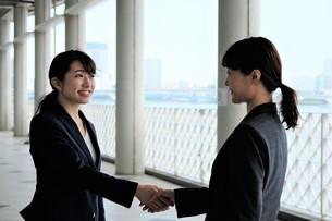 日本人ビジネスウーマンの写真素材 [FYI04618902]