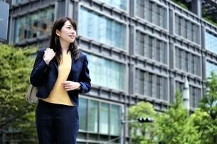 日本人ビジネスウーマンの写真素材 [FYI04618955]