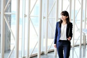 日本人ビジネスウーマンの写真素材 [FYI04618995]