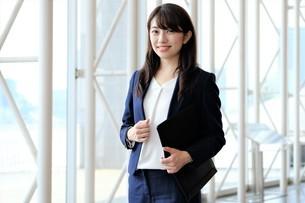 日本人ビジネスウーマンの写真素材 [FYI04618999]