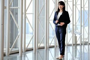 日本人ビジネスウーマンの写真素材 [FYI04619000]