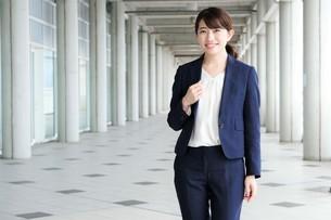 日本人ビジネスウーマンの写真素材 [FYI04619022]