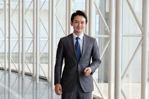 日本人ビジネスマンの写真素材 [FYI04619097]