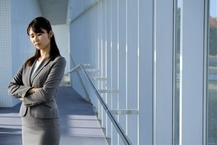 日本人ビジネスウーマンの写真素材 [FYI04619138]