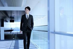 日本人ビジネスマンの写真素材 [FYI04619197]