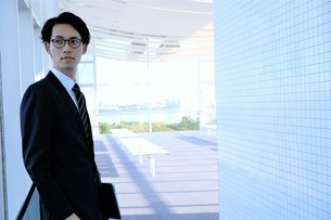 日本人ビジネスマンの写真素材 [FYI04619282]