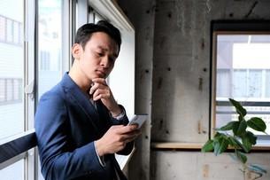 日本人ビジネスマンの写真素材 [FYI04619399]