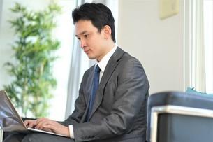 日本人ビジネスマンの写真素材 [FYI04619464]