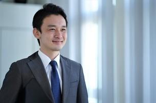 日本人ビジネスマンの写真素材 [FYI04619556]