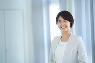 日本人ビジネスウーマンの写真素材 [FYI04619681]