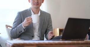 日本人ビジネスマンの写真素材 [FYI04619699]