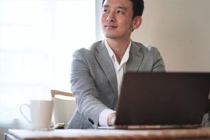 日本人ビジネスマンの写真素材 [FYI04619726]