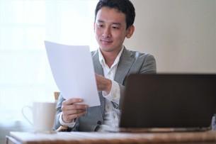 日本人ビジネスマンの写真素材 [FYI04619747]