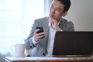 日本人ビジネスマンの写真素材 [FYI04619791]