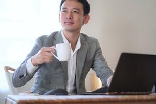 日本人ビジネスマンの写真素材 [FYI04619812]
