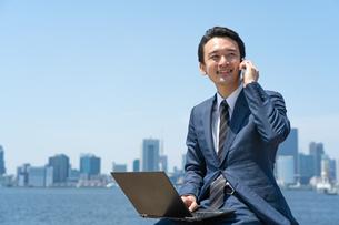 日本人ビジネスマンの写真素材 [FYI04619881]