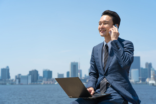 日本人ビジネスマンの写真素材 [FYI04619882]