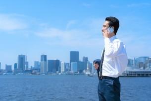 日本人ビジネスマンの写真素材 [FYI04619888]