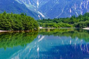 上高地大正池の写真素材 [FYI04621078]