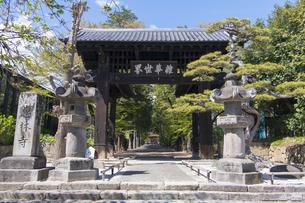 恵林寺 黒門の写真素材 [FYI04621558]