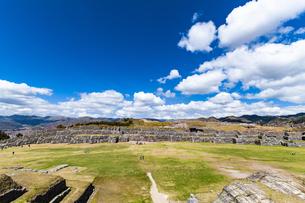 ペルー・サクサイワマン遺跡の城壁の写真素材 [FYI04622280]