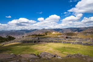 ペルー・サクサイワマン遺跡の城壁の写真素材 [FYI04622281]