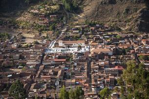 ペルー・ウルバンバ谷のピサック村の写真素材 [FYI04622300]