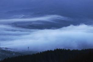 流雲の情景、高ボッチ高原よりの写真素材 [FYI04622939]