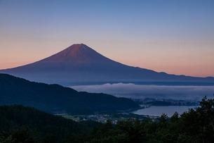 赤富士の写真素材 [FYI04622950]