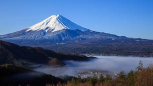 雲海と富士の写真素材 [FYI04622978]